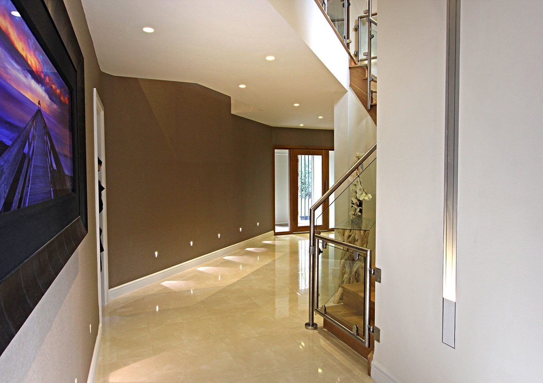 modern-hallway-8